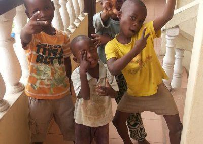 kids_van_togo3