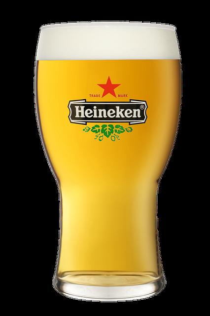 Een glas bier met 2 vingers schuimlaag